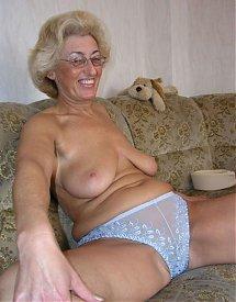 photos vieilles femmes nues